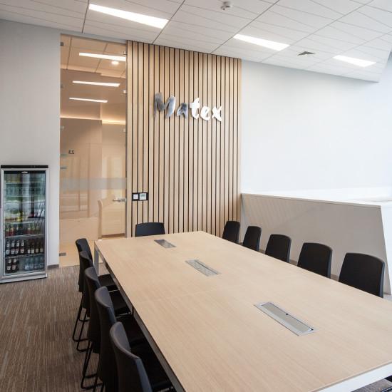 wnętrze_biura_pokój_konferencyjny